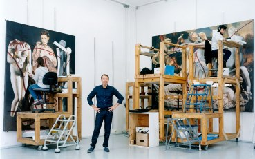 jeff-koons-photographed-in-his-studio-2016