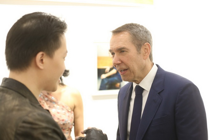 michael_andrew_law_meets_the_legendary_jeff_koons_by_michaelandrewlaw-dc715gn_resize